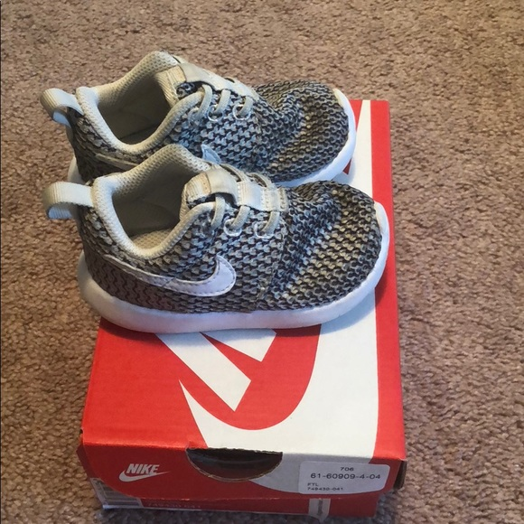 8b01ac5d1395 ... sneakers no tie lace. M 5b38ca1834a4ef0d2022d681
